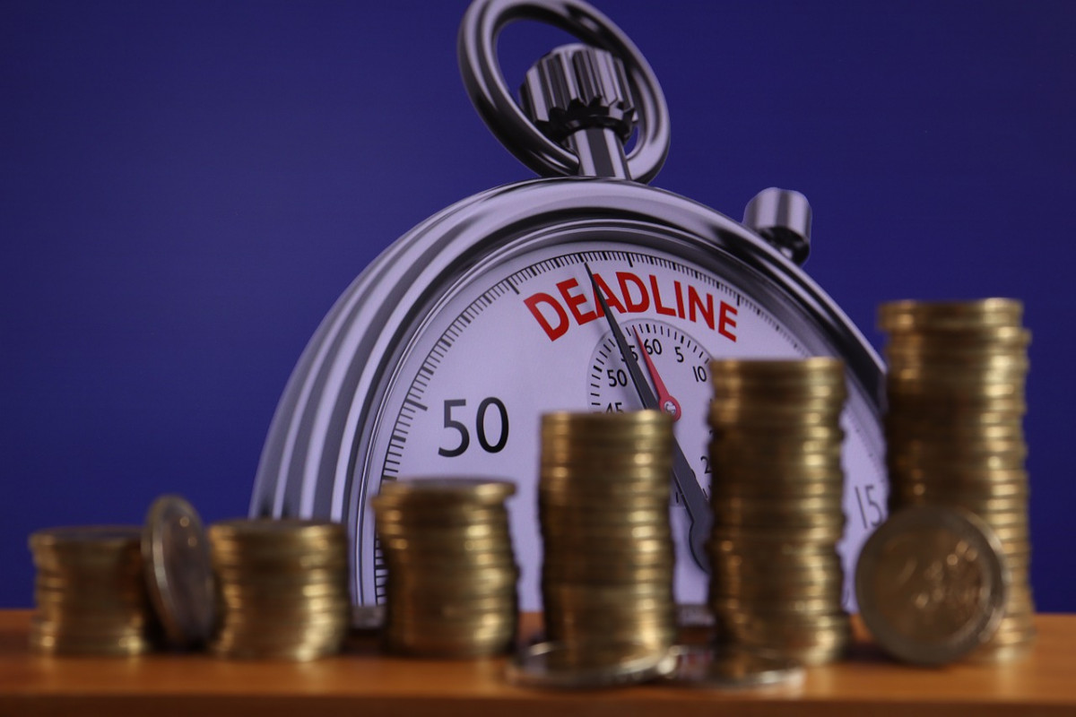 How to deal with abusive granting of credit or unlawful use of credit
